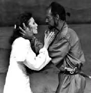 Rodney Clark/Desdemona/Shakespeare Alexander Barnett/Othello classic theatre international.jpg